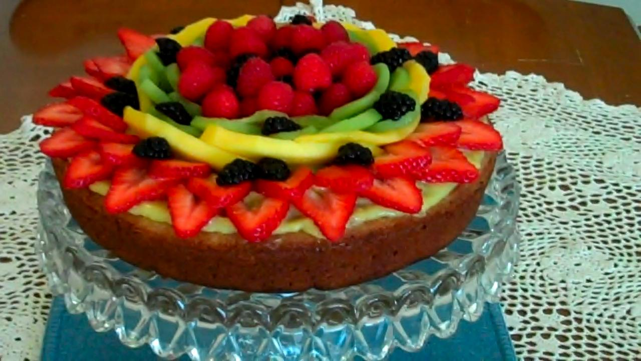 With Fresh Fruit Jesis Birthday Cake Close Up1