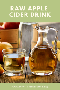 raw apple cider vinegar drink